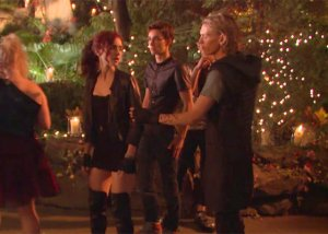 exclusive-on-the-set-of-mortal-instruments